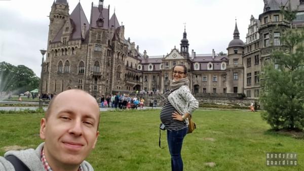 Podróżowanie w ciąży - Zamek w Mosznej, Polska