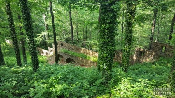 Mury obronne, Zamek Książ