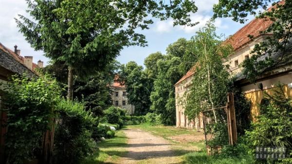 Zamek w Domanicach, Dolny Śląsk
