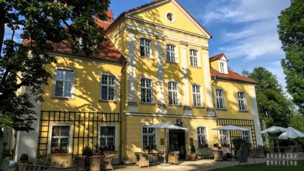 Dom Wdowy - Pałac w Łomnicy, Dolny Śląsk