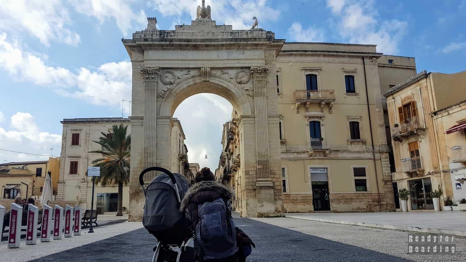 Porta Reale w Noto - Sycylia