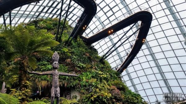 Cloud Walk, Cloud Forest, Gardens by the Bay - Singapur