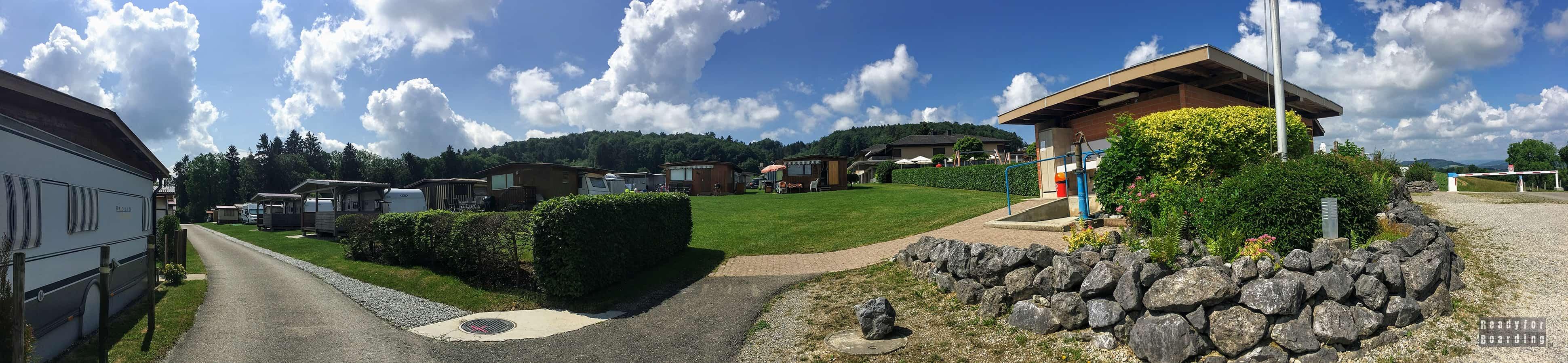 Panorama: Kempingi w Szwajcarii - Camping Huttenberg