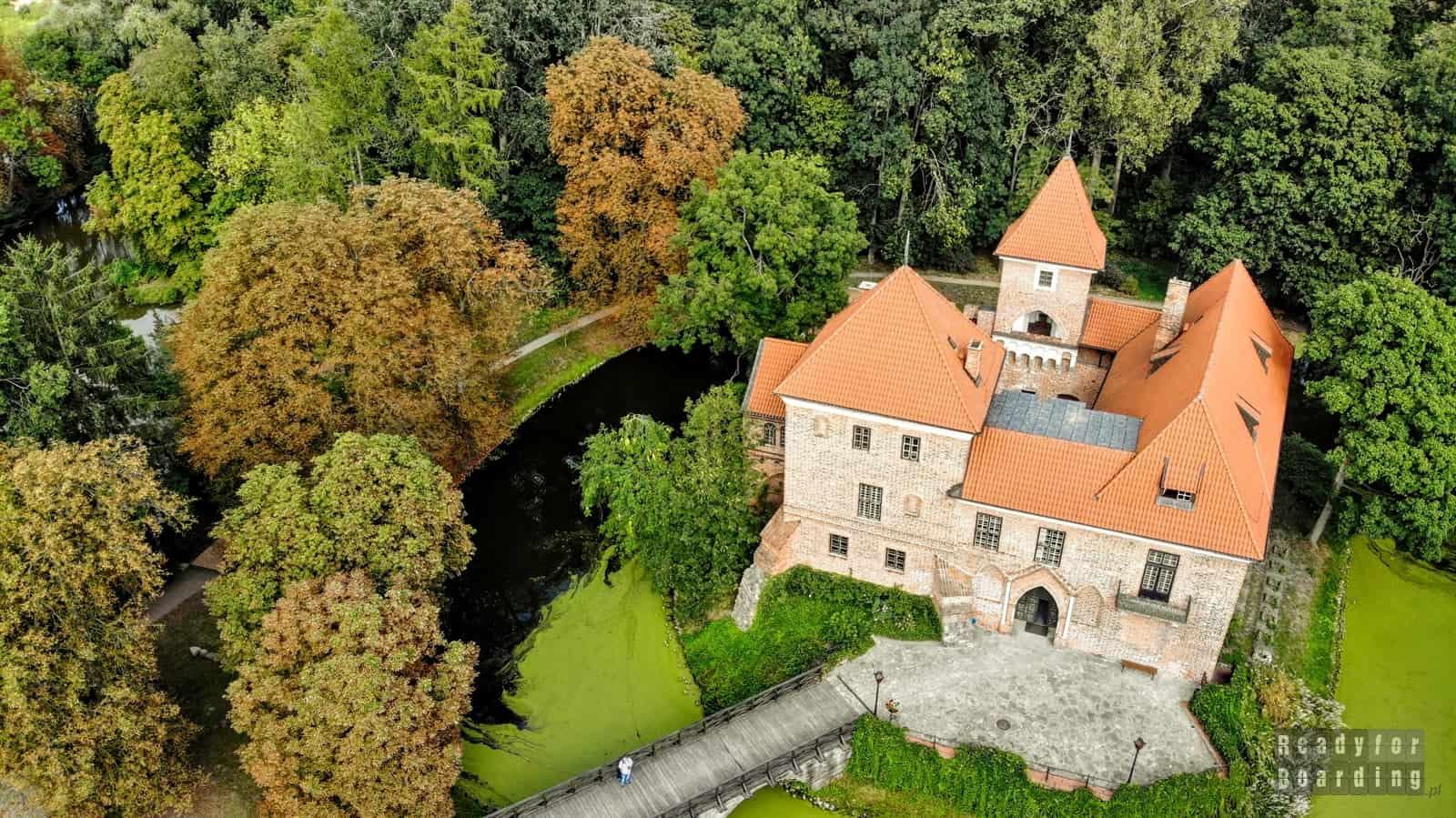 Oporów - zamki województwa łódzkiego