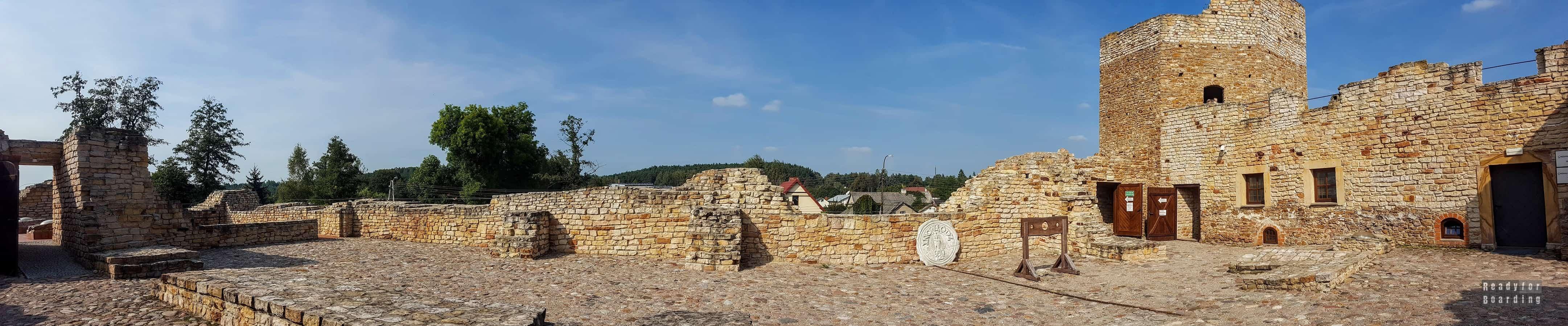 Panorama: Zamek królewski w Inowłodzu, województwo łódzkie