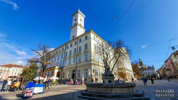 Ratusz we Lwowie