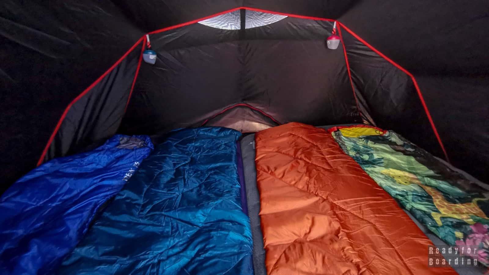 Niezapomniany nocleg pod namiotem, czyli super śpiwór dla